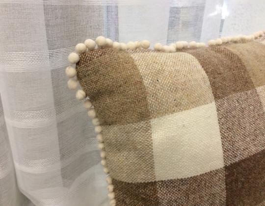 Подушка Клетка (бежевый кант)