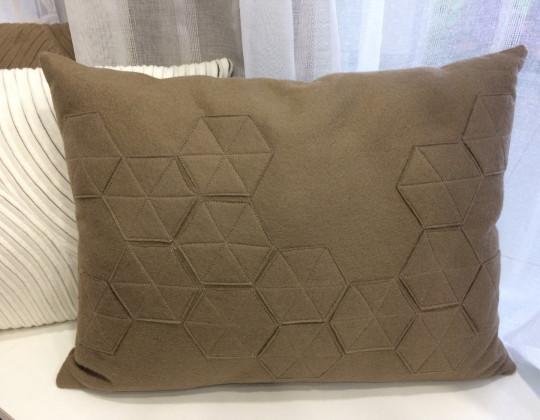 Подушка Звезда (коричневый)