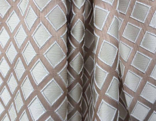 Портьєрна тканина  Mira ромб ваніль,фон беж